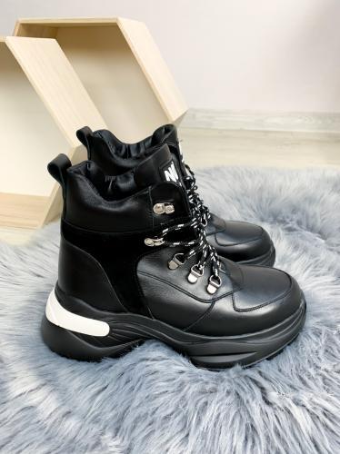 Ботинок Мира 2 черная кожа
